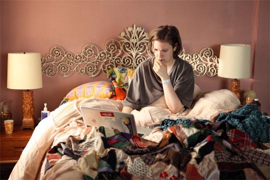 Girls - 2x10 - Together - Lena Dunham (Hannah Horvath)